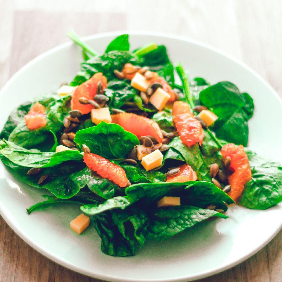Photo Salade d'épinards et orange